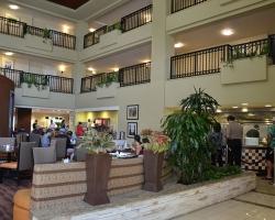 lobby_restaurant_0025