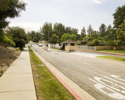 entrance-neighborhood_0002