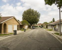 entrance-neighborhood_0017
