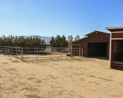 exterior_farm_0004