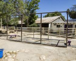 stables-corrals_0016