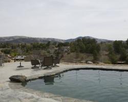 exterior_pool_area_0001