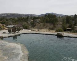 exterior_pool_area_0006