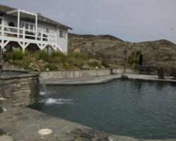exterior_pool_area_0028
