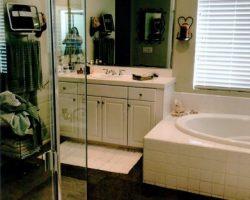 ACE_023_Master Bathroom 1