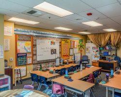 Walled_Classroom_002