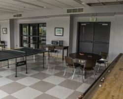 breakroom_gameroom_0017