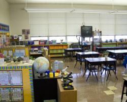 elementary_classrooms_0050