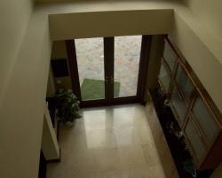 entrance_0013