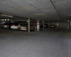 parking_garage_0006