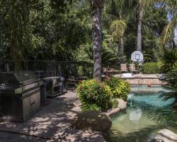 exterior_pool_0005