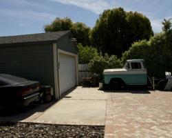 exterior_rear_0050
