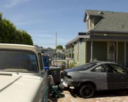exterior_rear_0053