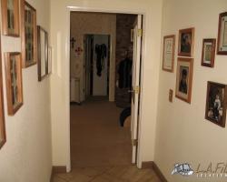 Interior (27)